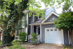 1417 Queens Way: Sold!