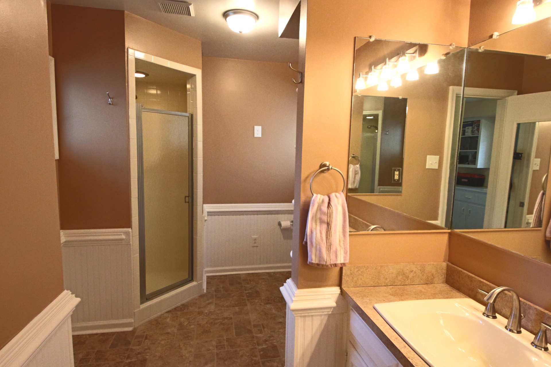 15. Downstairs Bathroom