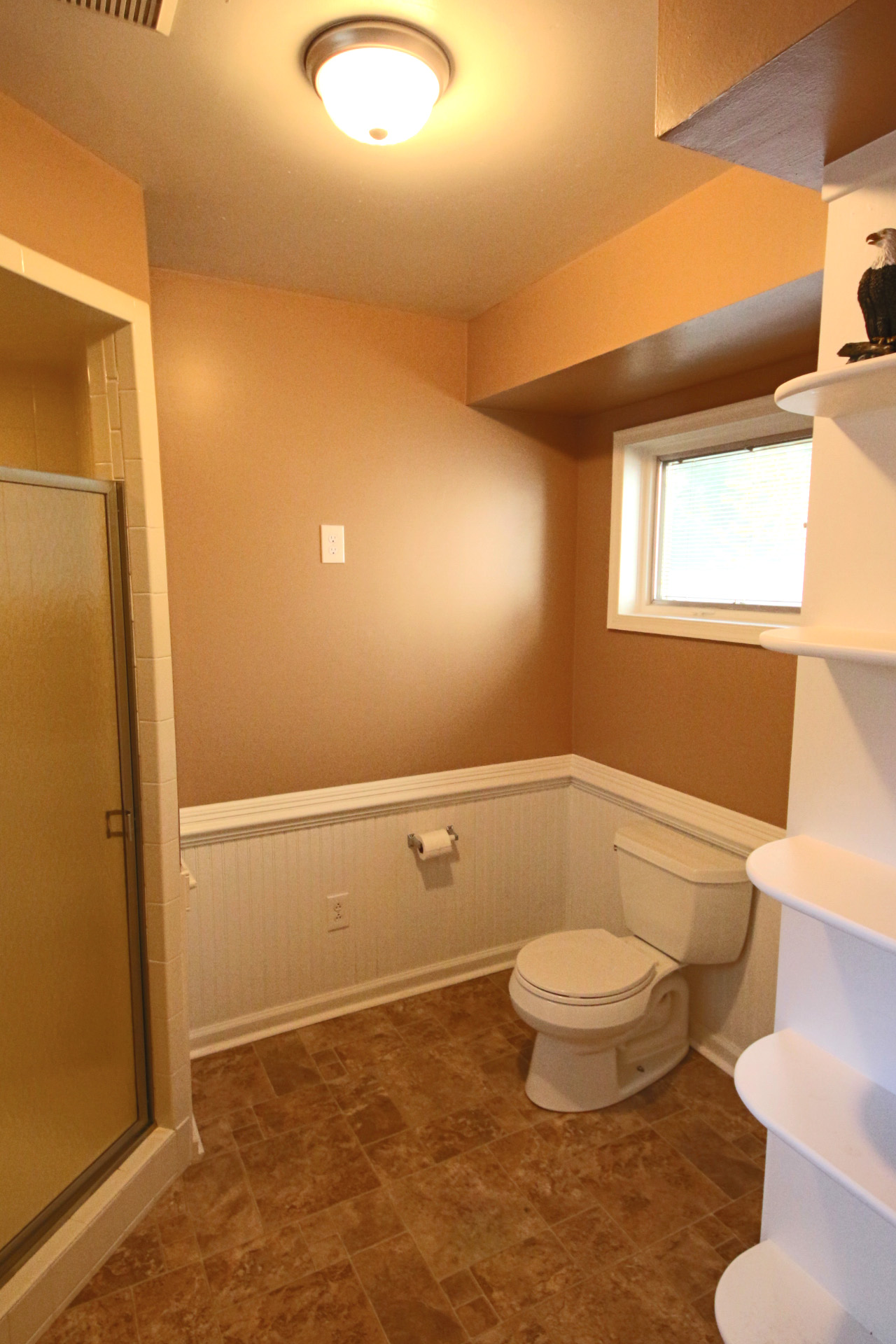 16. Downstairs Bathroom
