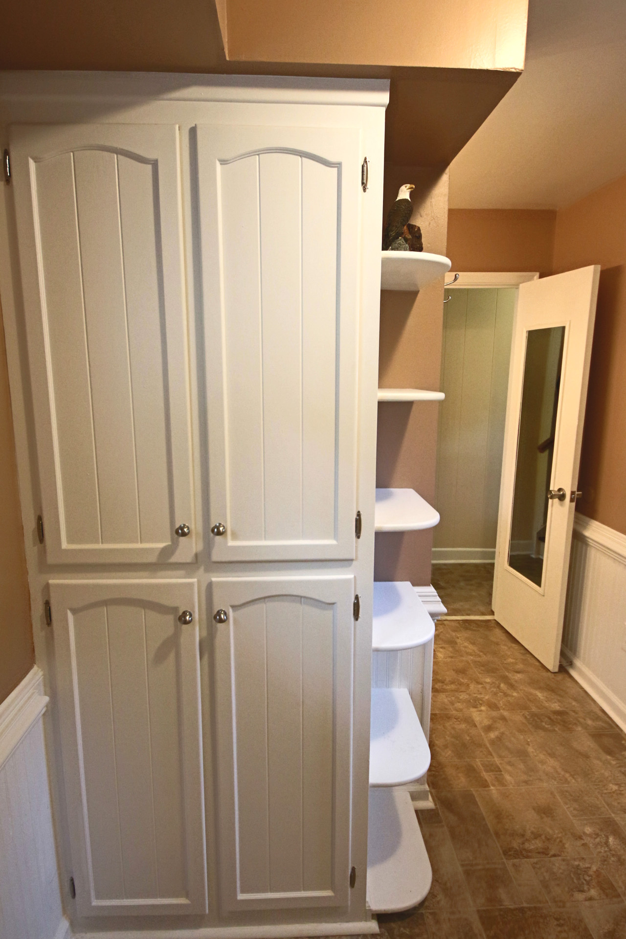 17. Downstairs Bathroom