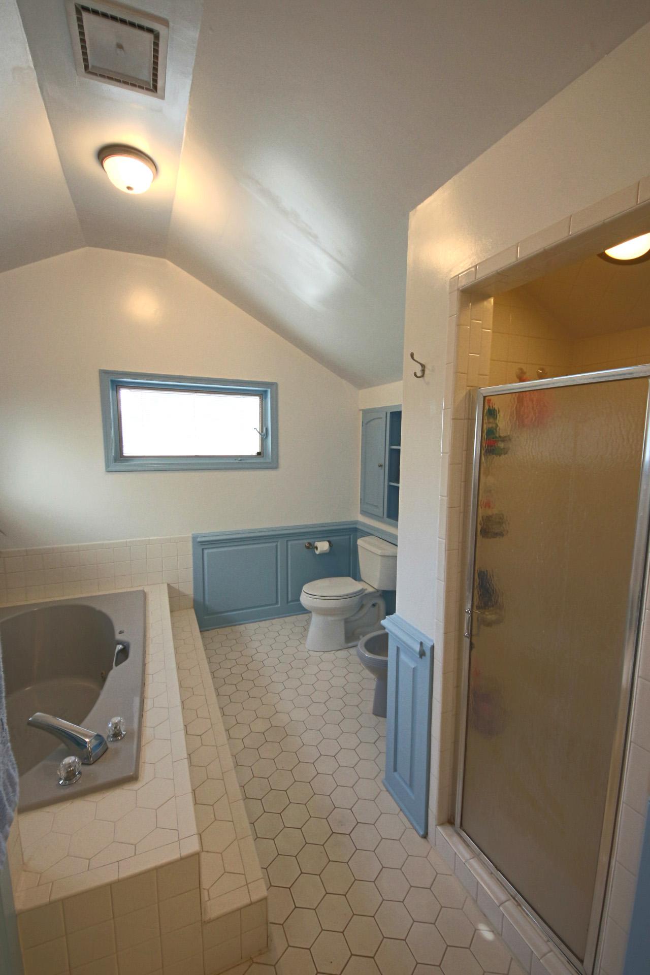 24. Upstairs Bathroom