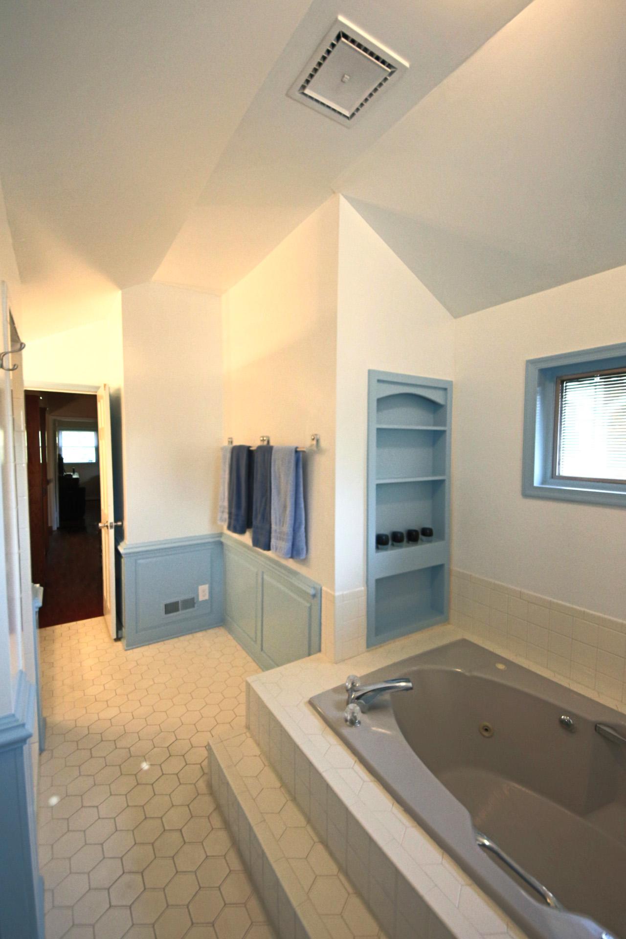 26. Upstairs Bathroom