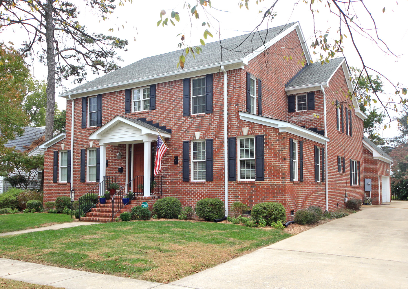 411 Oak Grove Road: Sold!