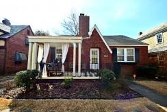 1363 Magnolia Avenue: $285,000