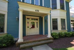 435  E Freemason St #2A: Sold!