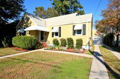 1624 Broadfield Road: $161,000