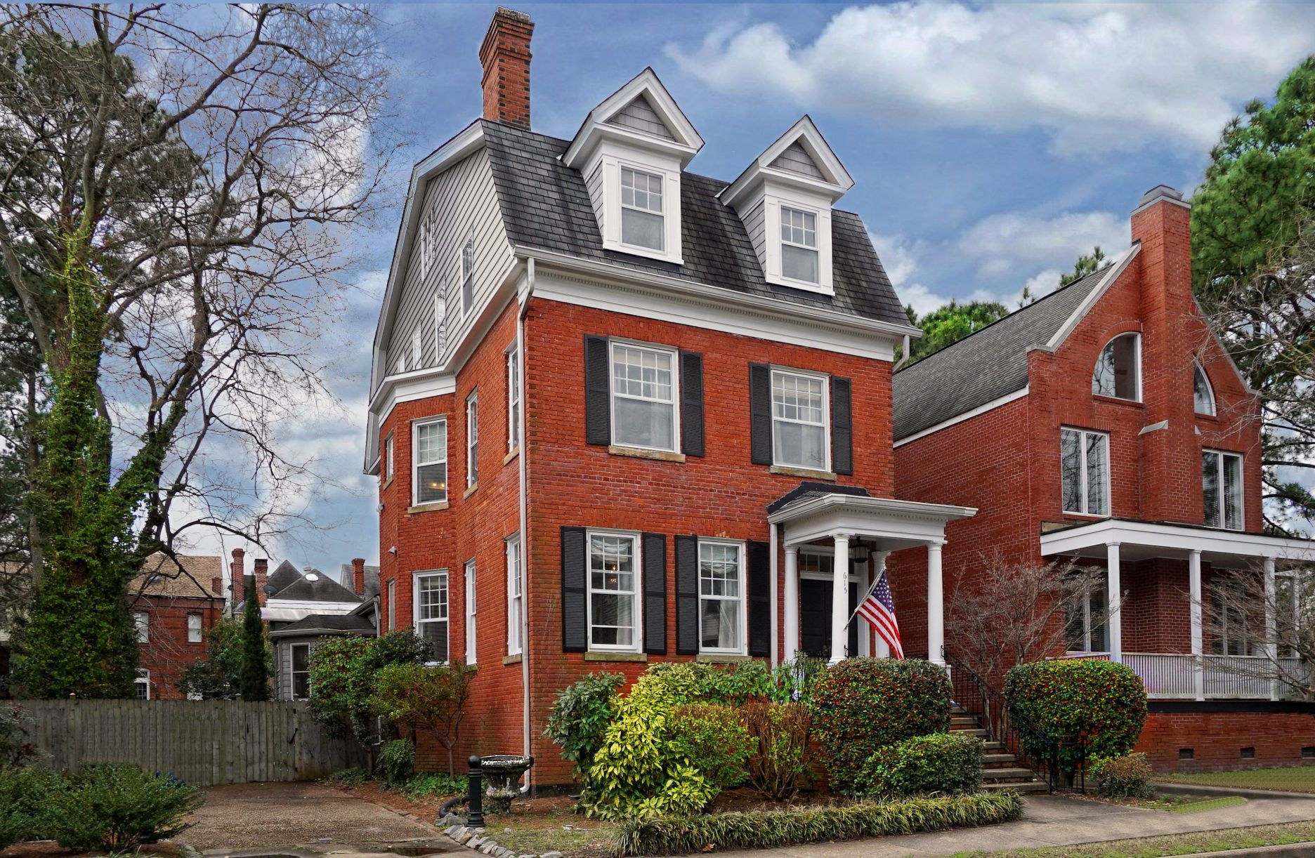 615 Raleigh Avenue: Sold!