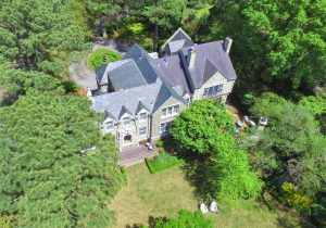 7407 Glencove Place: $1,850,000