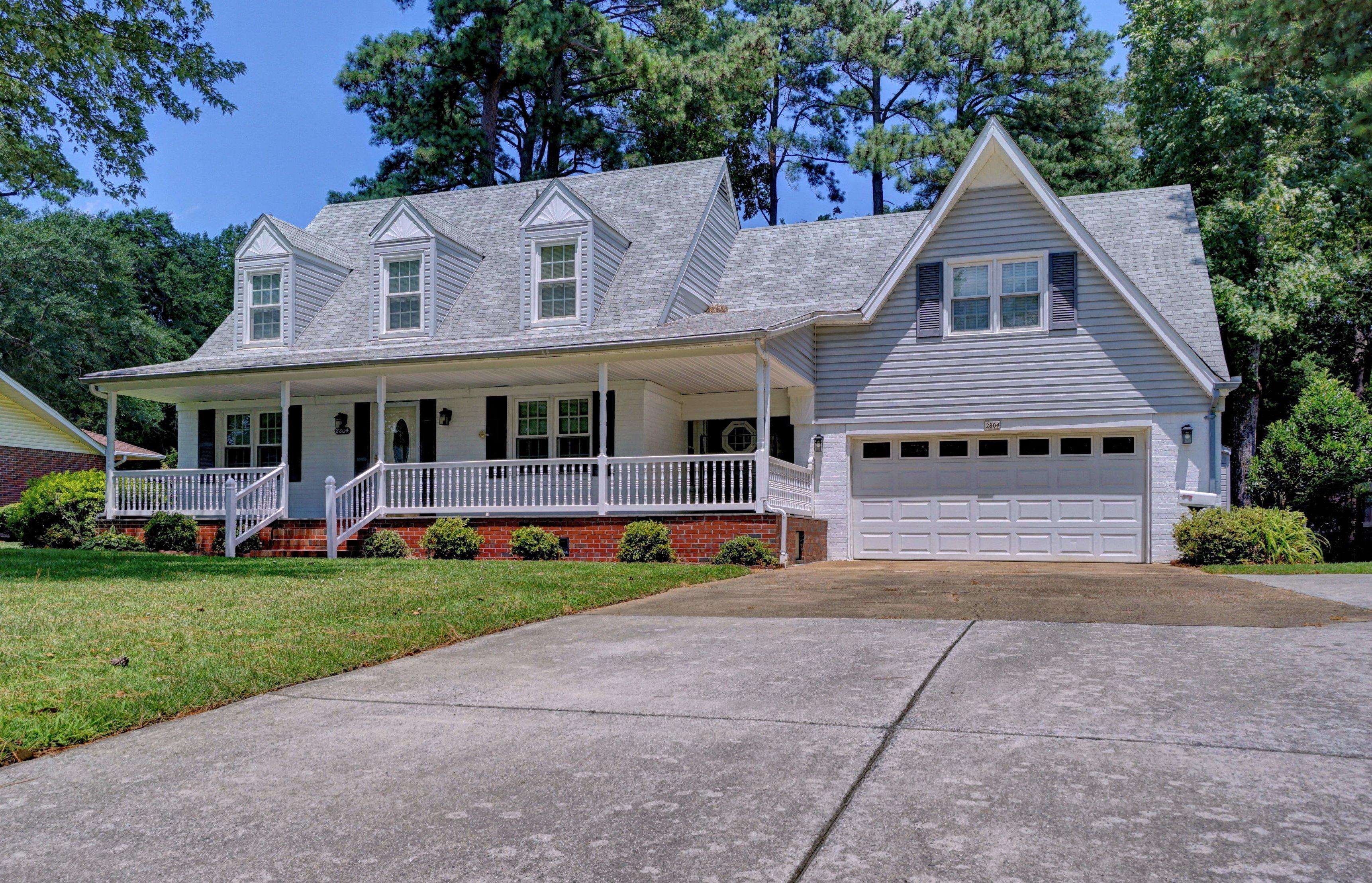 2804 Queen Anne Road: $449,000