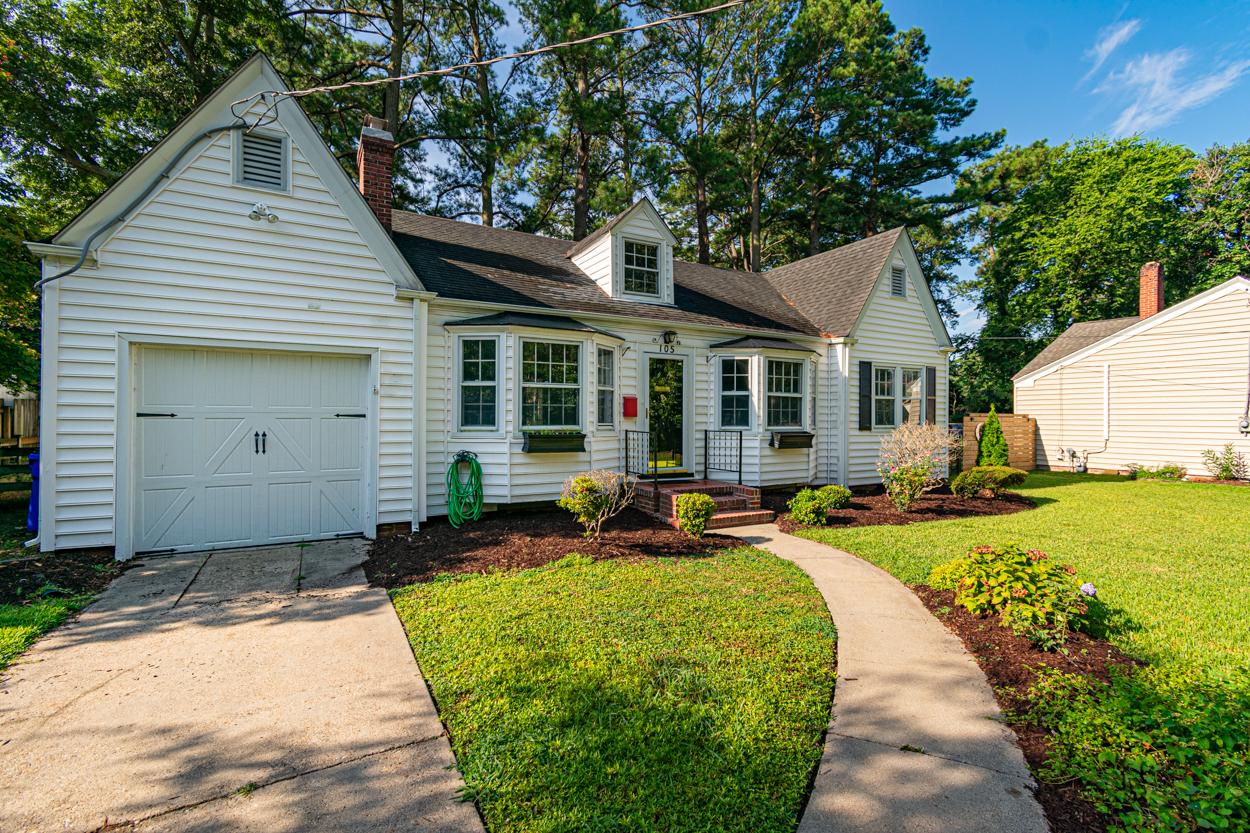 105 E Severn Road: $235,000